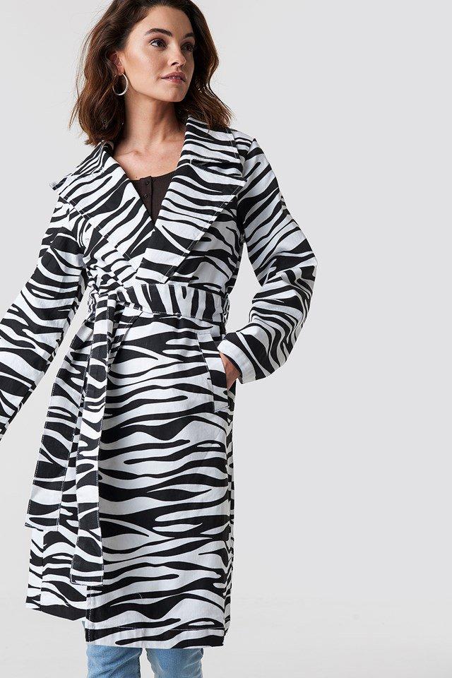 https://www.na-kd.com/en/na-kd-trend/zebra-denim-trenchcoat-zebra
