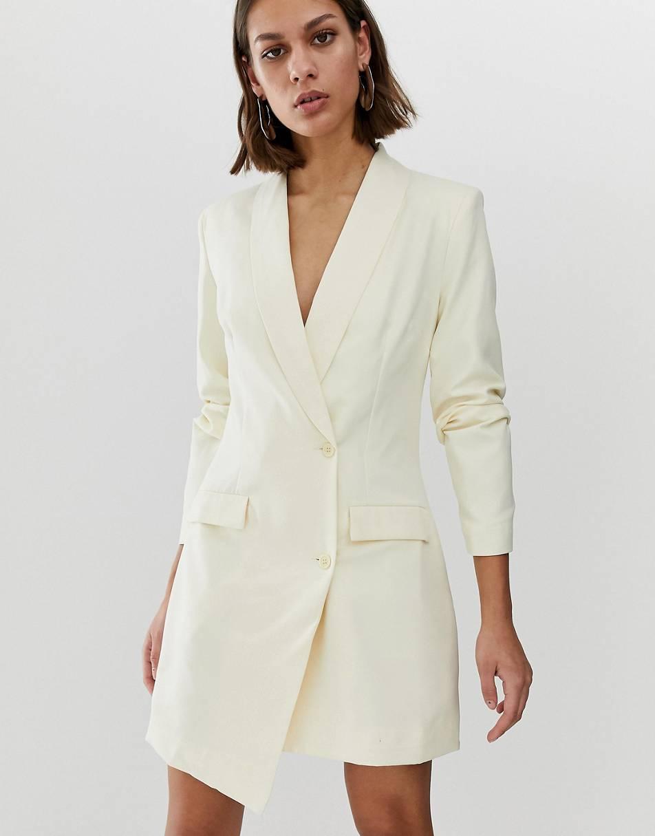 https://www.asos.com/unique21/unique21-tux-blazer-dress-with-buttons/prd/11231148?clr=cream&SearchQuery=blazer%20dress&gridcolumn=2&gridrow=10&gridsize=4&pge=1&pgesize=72&totalstyles=48