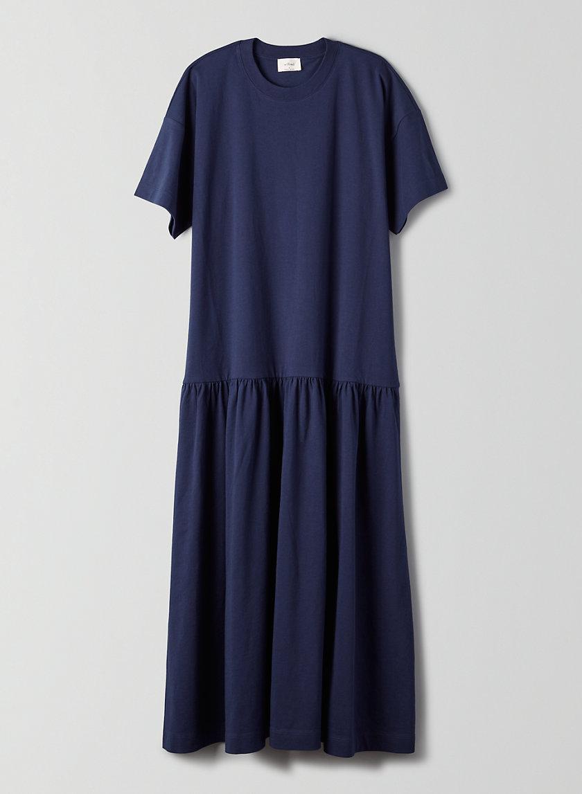 https://www.aritzia.com/en/product/demina-dress/72235.html?dwvar_72235_color=1275