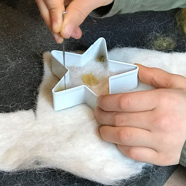 Thanks to those who joined us at our space @shopcolorant today to create felted ornaments with @commongroundfarm. Ornaments were made from naturally dyed fibers from Hudson Valley Farms. Such beautiful results from everyone! #nysfiber #regionalismmatters #communitytextiles #decentralizedtextiles #soiltosoilprocesses