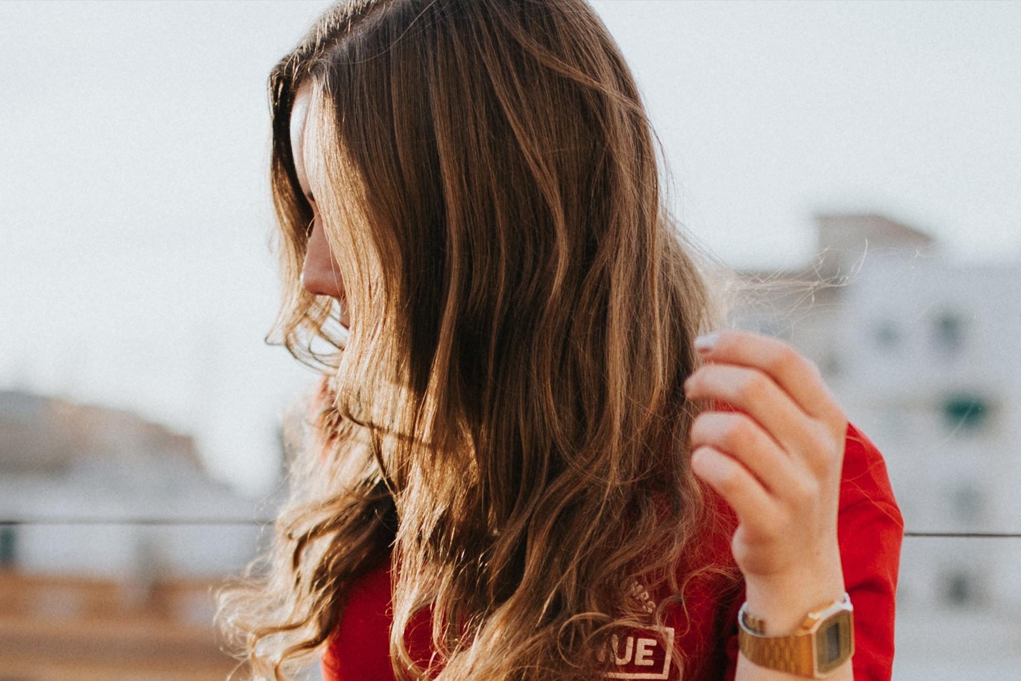 Como_conseguir_un_volumen_natural_en_el_cabello