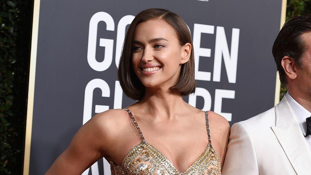 La modelo Irina Shayk en los Globos de Oro 2019