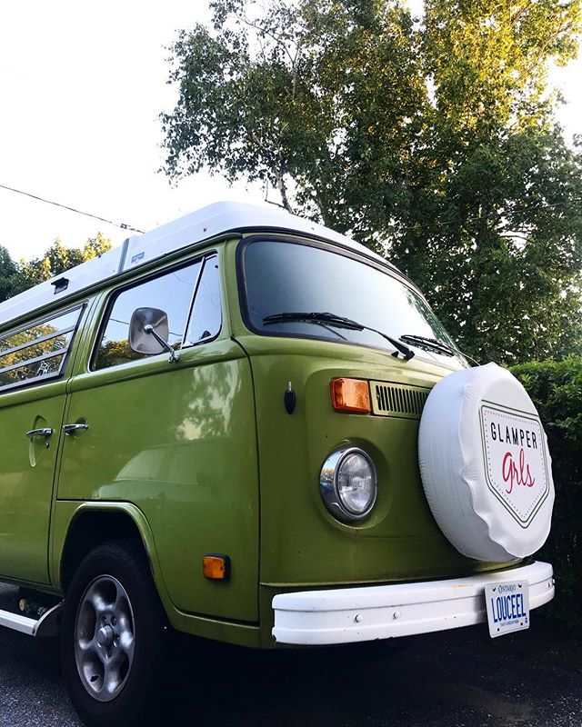 And she's a go! Another weekend adventure, this time to Gibson Lake! We've been having a blast cottage hopping all summer, anyone else loving the Ontario summer this year!? . . . #ontario #hippie #outdoorlife #livehappy #summervibes #cottagestyle #summer18 #weekendwarrior #weekendvibes #friyay #vanlove #homeonwheels #getoutside #getoutstayout #advanture #vanlife #vanlifediaries #vwcamper #campervan #glampergrls #vwbus #travelphotography #travelblogger #travelontario #travelcanada #supportlocal #happycamper #camp #vw #outdoorlife
