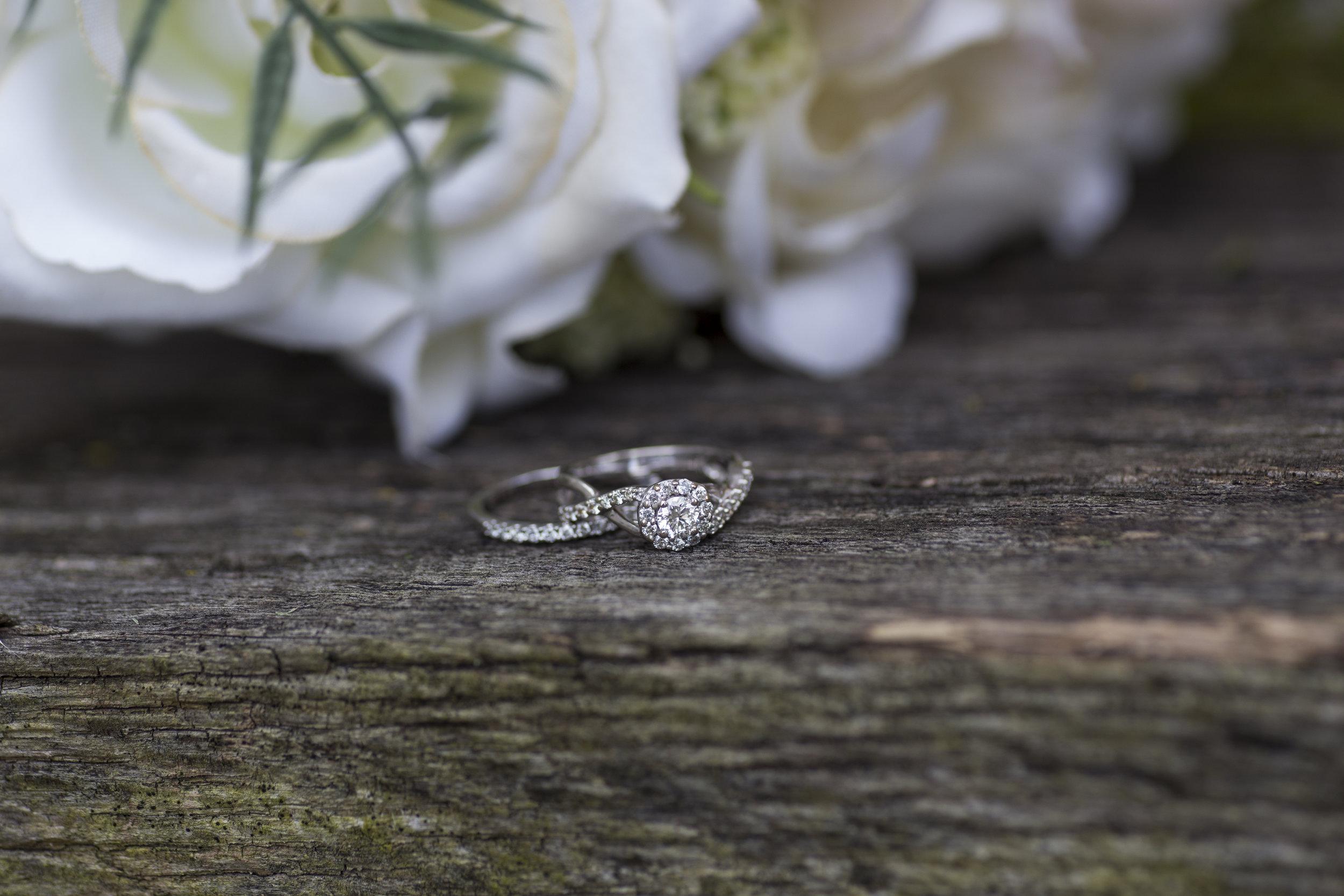 Bear Creative Co., Columbus Ohio Wedding Photographer, Prairie Stone Farm, Wedding Day Details