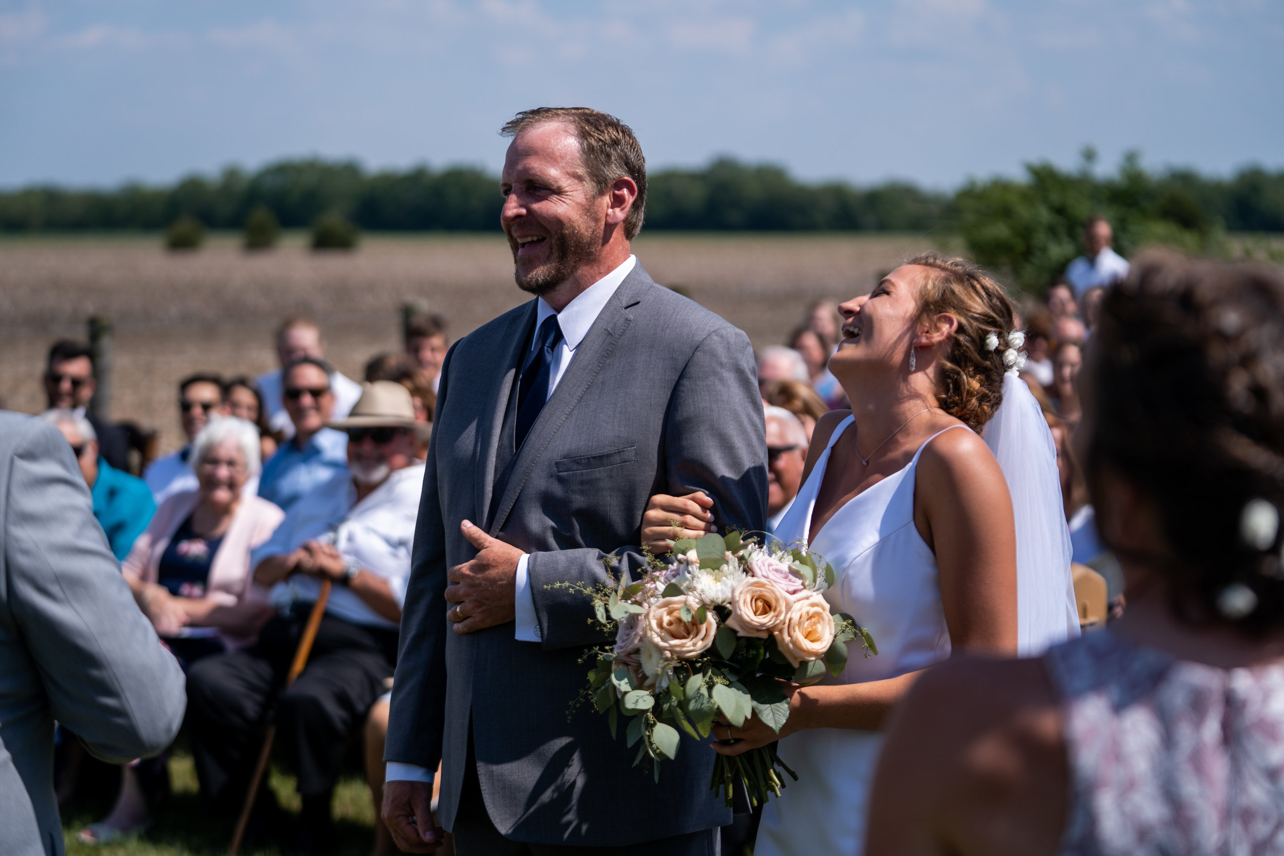 Bear Creative Co, Columbus Ohio Photographer, Columbus Ohio Wedding Photographer, Farm Wedding, Covington Ohio, Destination Photographer