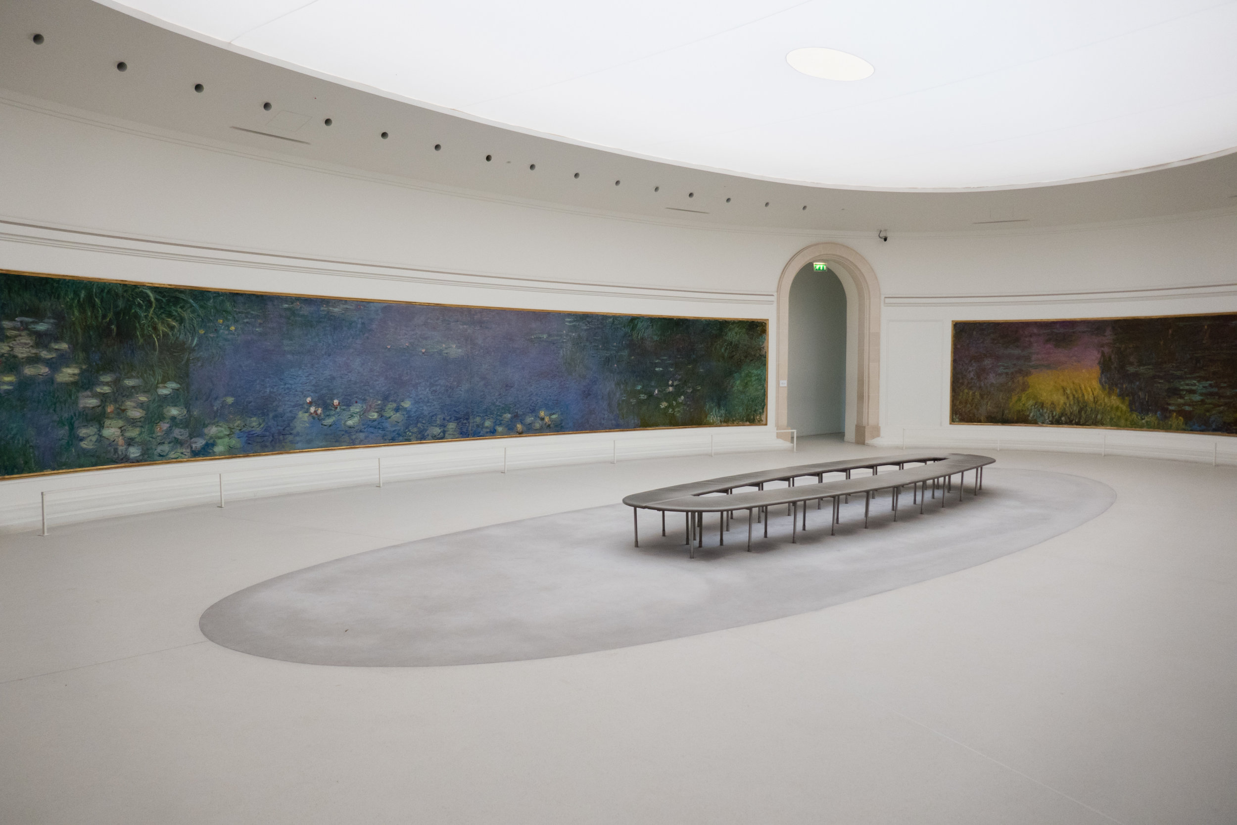The Water Lilies Room in the L'Orangerie, Paris, France Photo:  Wikimedia Commons