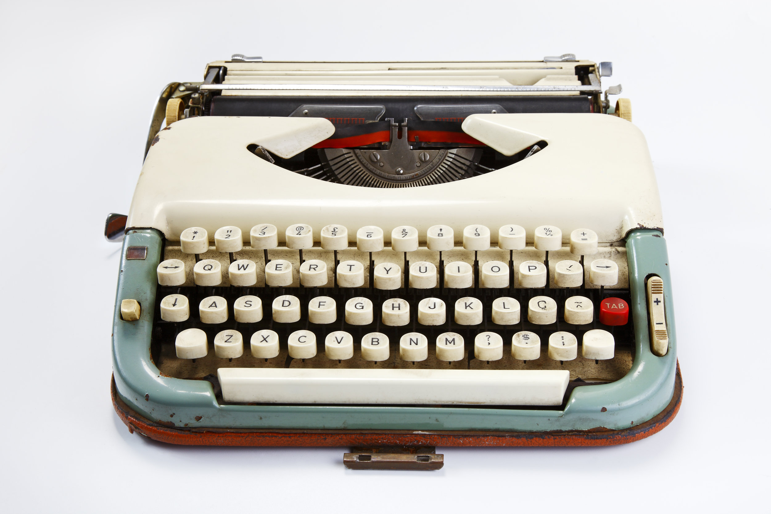 1356604958578283619old-typewriter1-1.jpg