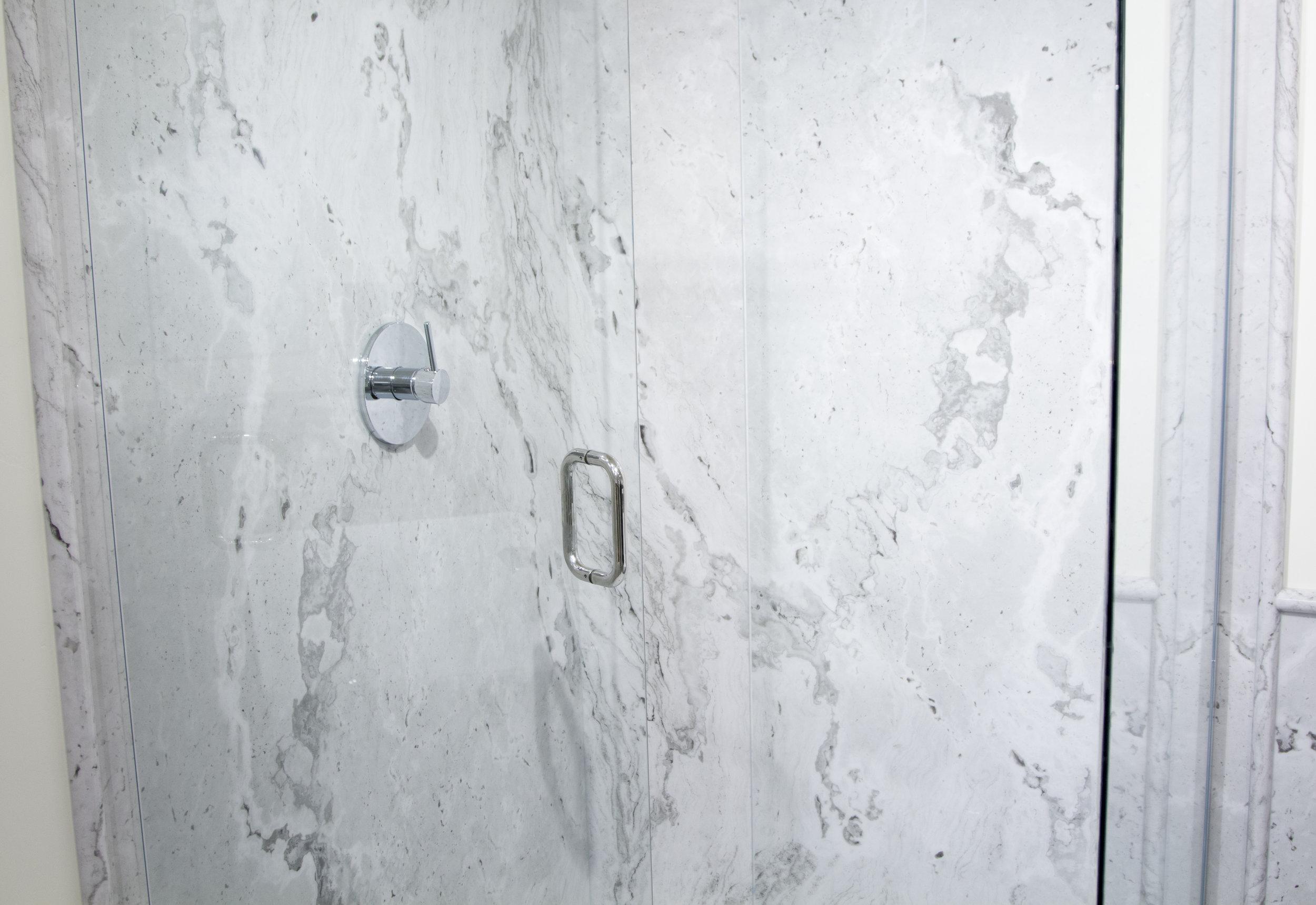 Whitecastle Shower_H.jpg