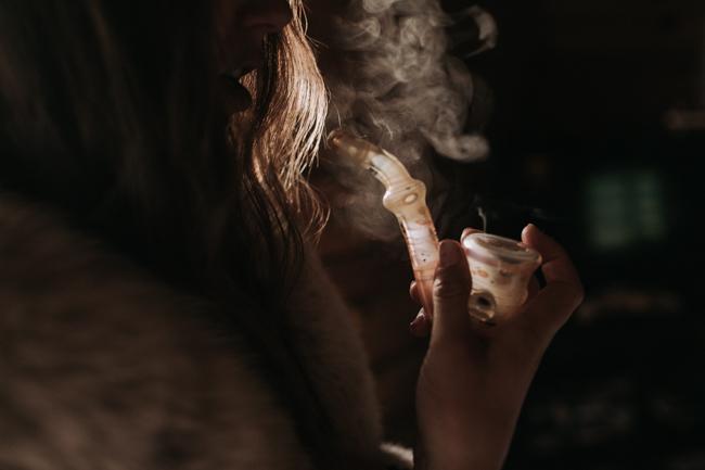 JENNIFER-SKOG-cannabis-farm-lifestyle_0337.jpg
