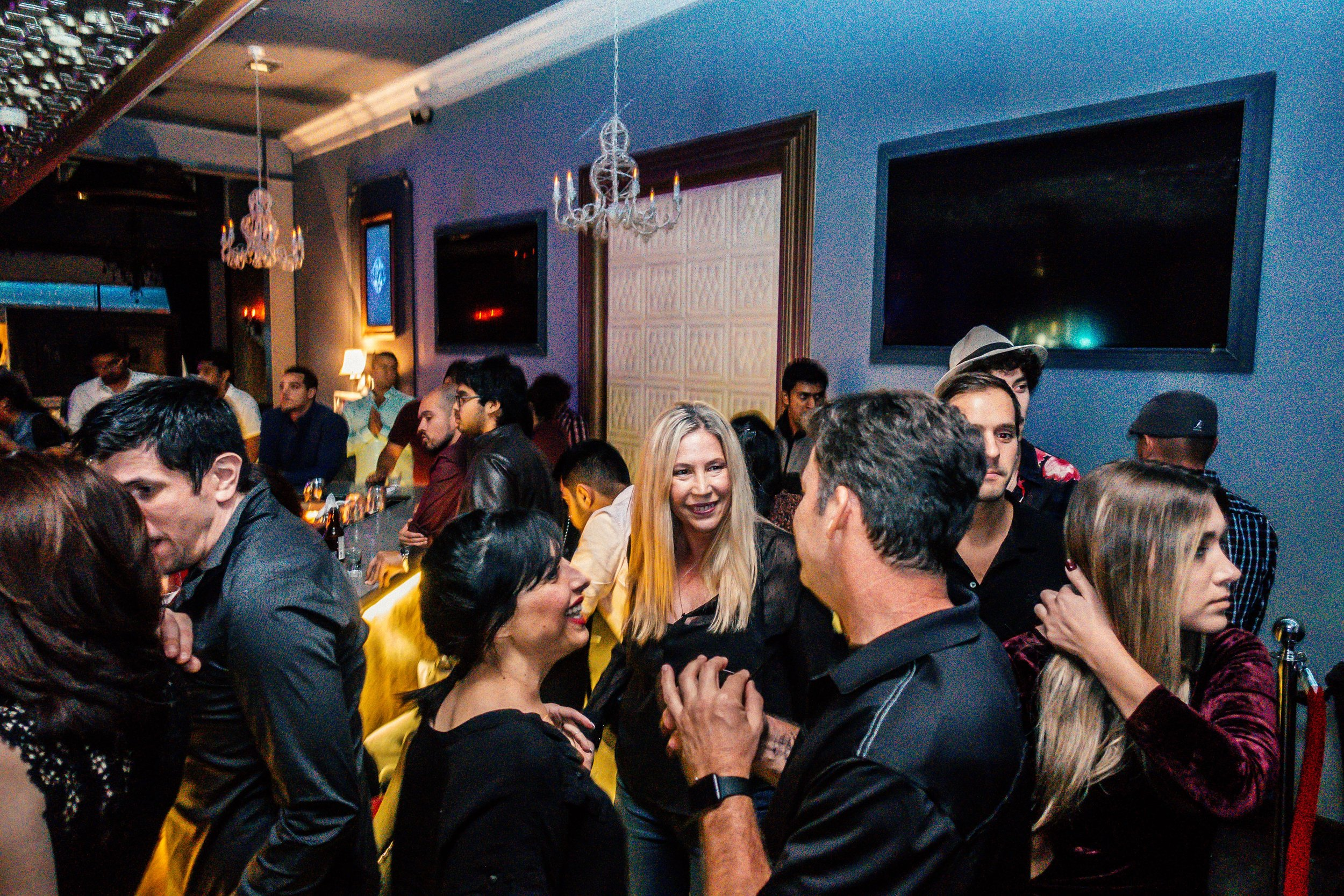 COMPLIMENTARY BOTTLE OF BUBBLY FOR GROUPS OF 8 OR MORE ON FRIDAY NIGHTS - PROMO CODE: 8COMP*Promo codes not applicable to existing bookings or inquires.