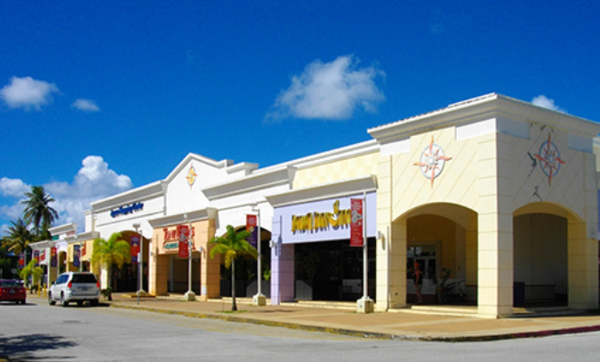 Up To $100MM CRE Acquisition Facility (US) - Experienced developer of shopping centers has strong record of acquiring underperforming shopping centers, achieving full economic occupancy and monetizing gains in 3-5 years.
