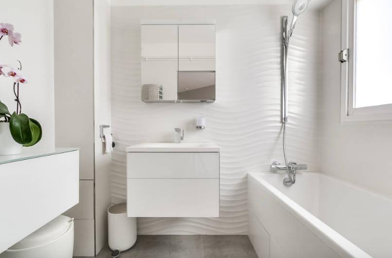 Source: freshome.com/small-bathroom-design/