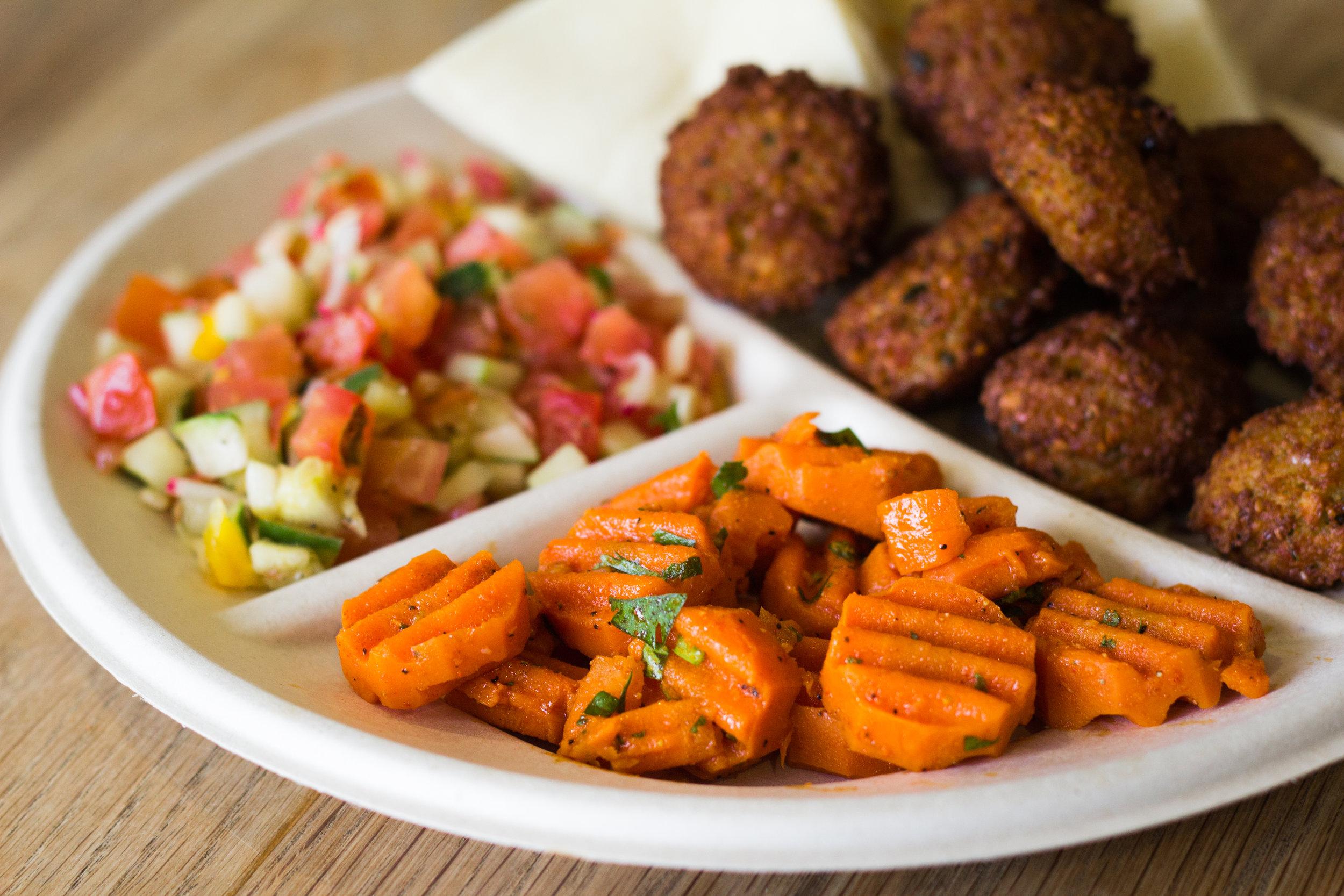 Falafel+Carrots+ShukSalad2.jpg