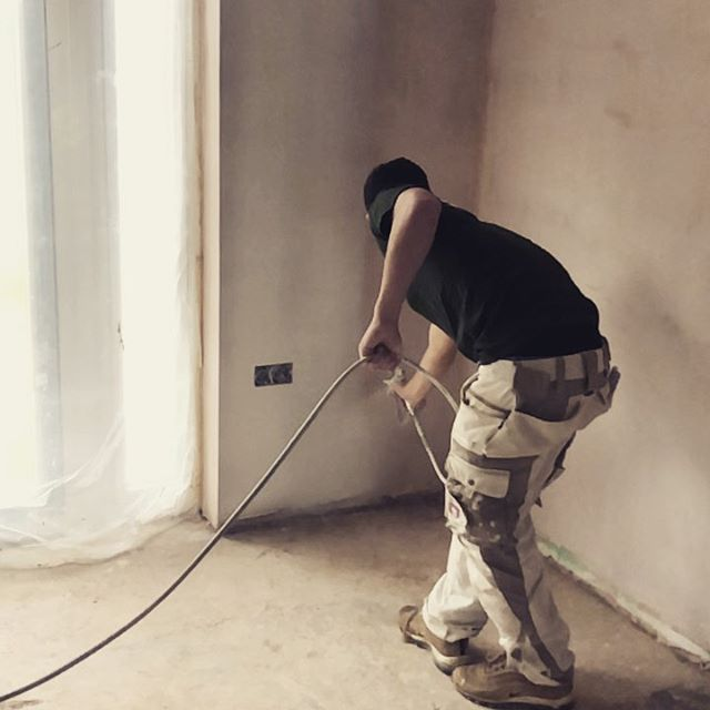 We're a family that share the same ethos and beliefs in how things should be done. Meet Tom, our newest member of the team and third generation of the family currently working for Barrington Decorators. Here he is working the sprayer like a pro - in slow mo.  #familybusiness #sprayingmakessense #painting #decorating #family #tom