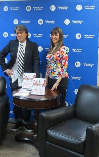 """Book launching """" Becoming a fashion designer"""" by Lisa Springsteel"""