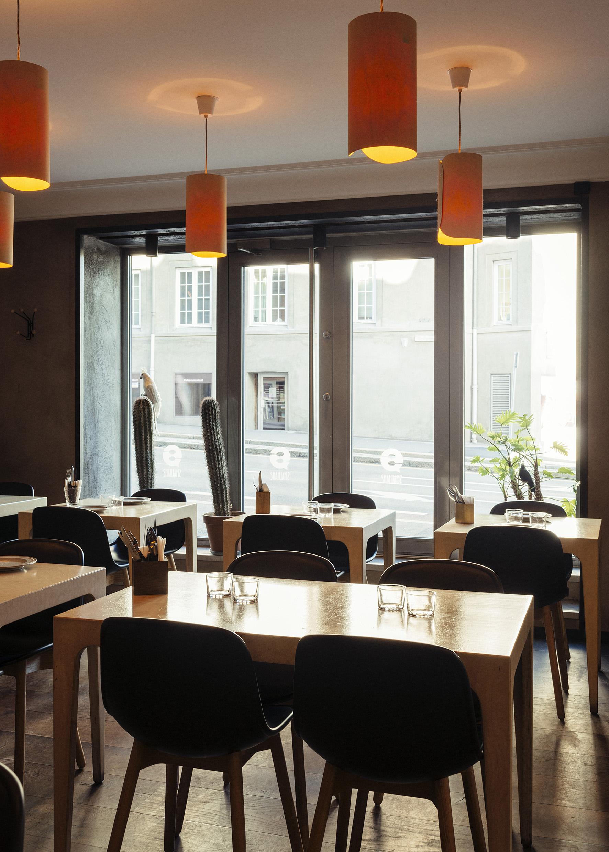 Smalhans-lower_res_restaurant.jpg