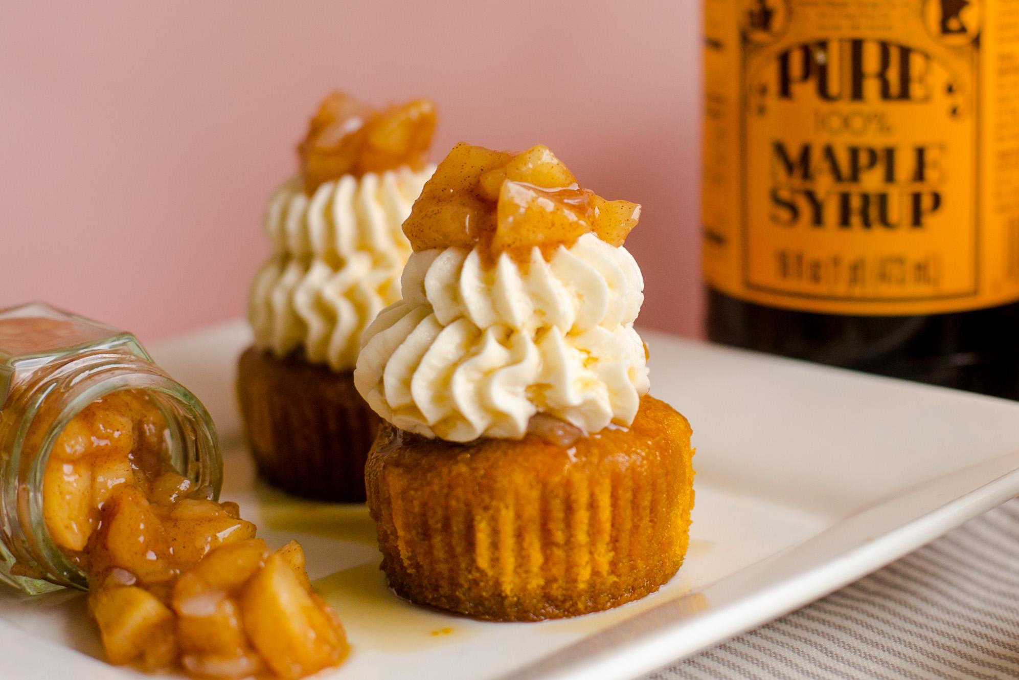 Pumpkin Apple Pie Cupcake