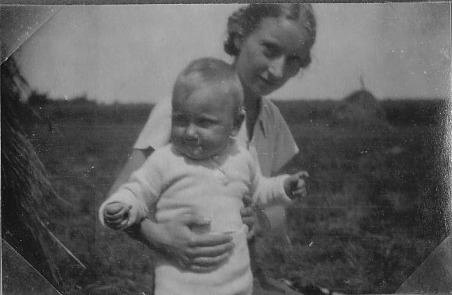 Hermann's wife and daughter.JPG