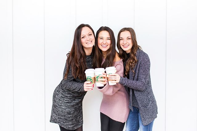 Entrepreneurship is hard to do alone. We encourage you find someone, or people, who support you + build you up.⠀⠀⠀⠀⠀⠀⠀⠀⠀ ⠀⠀⠀⠀⠀⠀⠀⠀⠀ Starting a new business has its challenges, so surround yourself with good people. We are so lucky to face every day with our #HometownGirls!