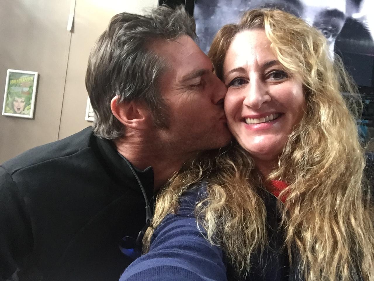 A kiss for Carolyn!