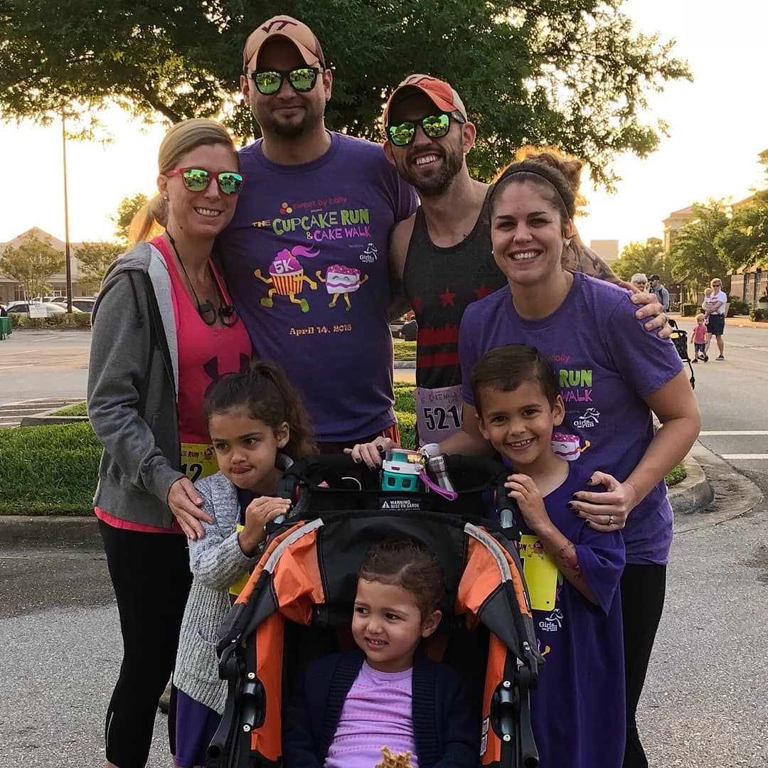 Cupcake 5k run with family