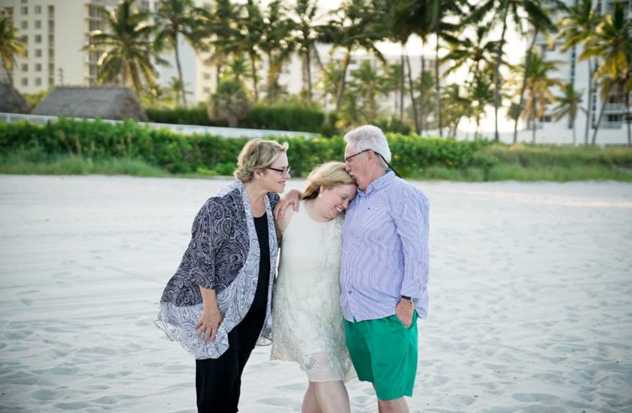 Keri with her mom and dad