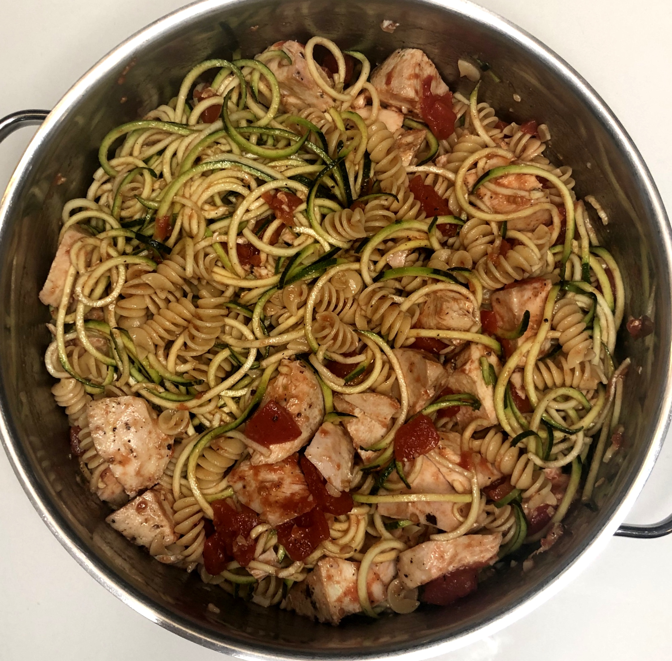 Chicken + Zucchini Noodle Pasta - DINNER TONIGHT, LUNCH TOMORROW