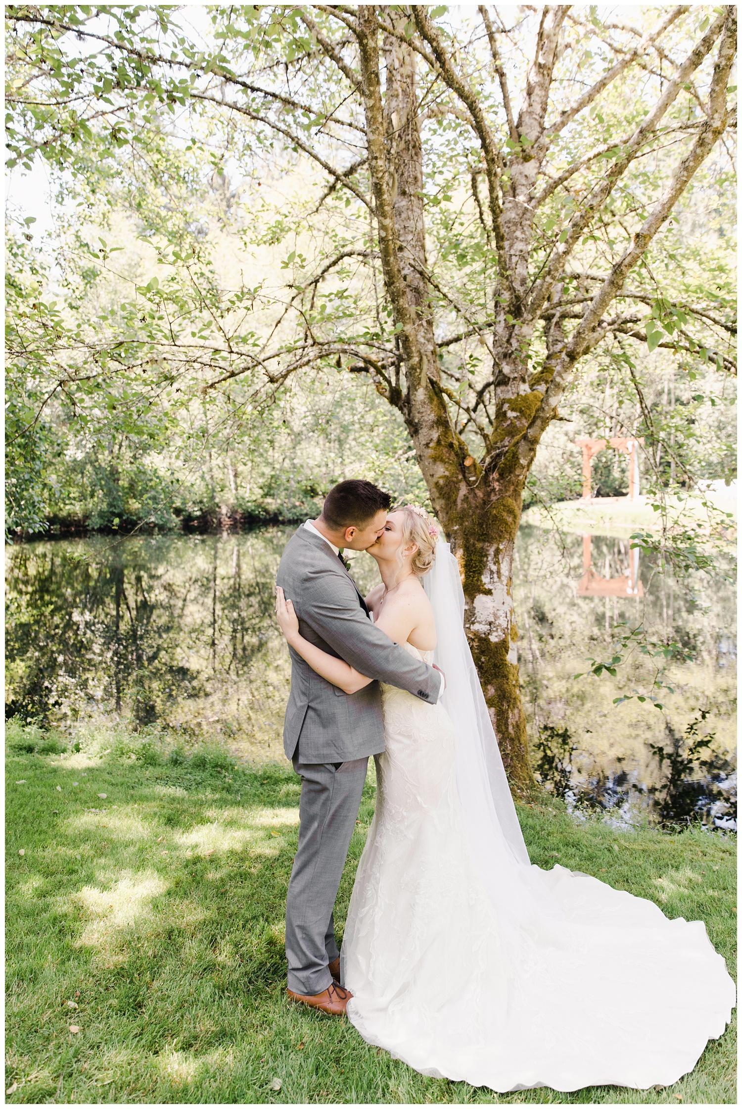 tacoma-wedding-photographer_048.jpg