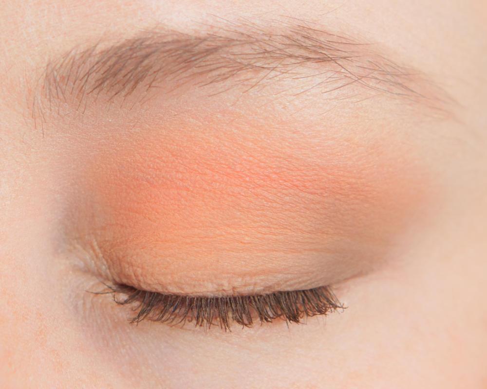 3 Eyeshadows