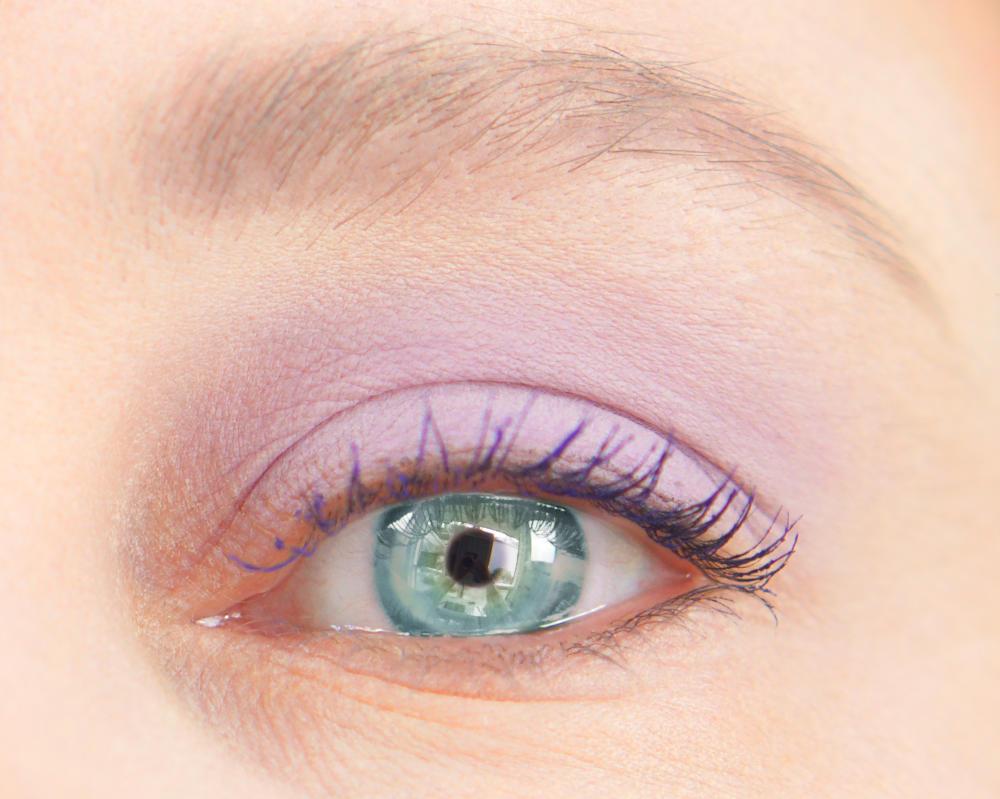 lsu-1-eyeshadow-open.jpg