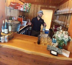 bar-staff.jpg