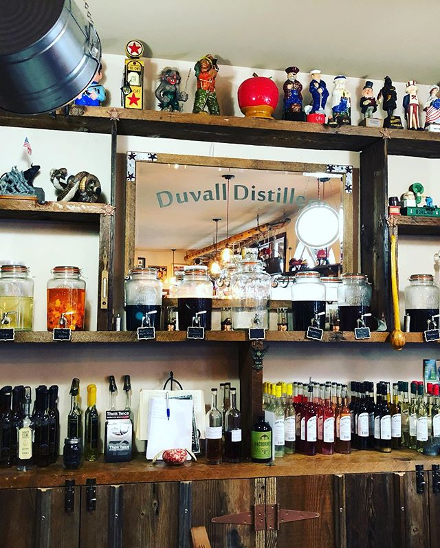 Finally! Tasting some yummy #limoncello 🍋 from Duvall Vodka Factory! #duvallwa #duvallvodkafactory #yummy #lushiouslrmons #italytravel #italyprep