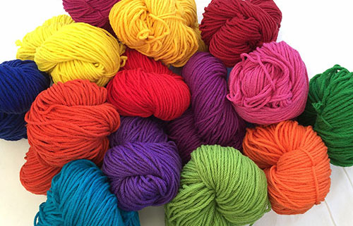 Rug Yarn — 16 ply 100% Wool - Mollydale Yarns has a colourful range of hand-dyed and fast 100% wool yarn for your craft and rug-making projects.