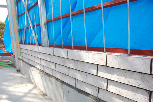 ⑧内壁ブロック積み 開始