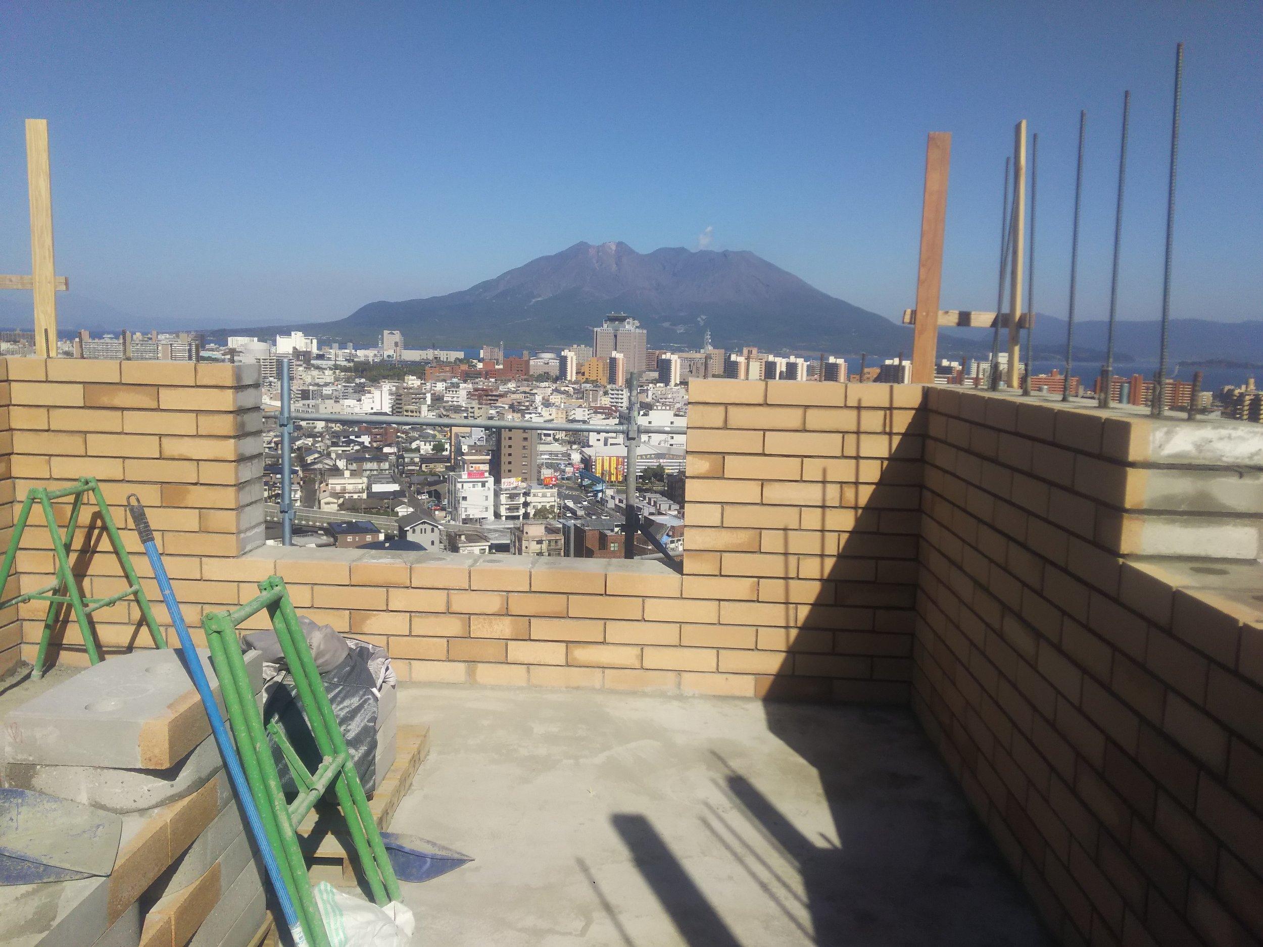 ⑤2階組積工事開始