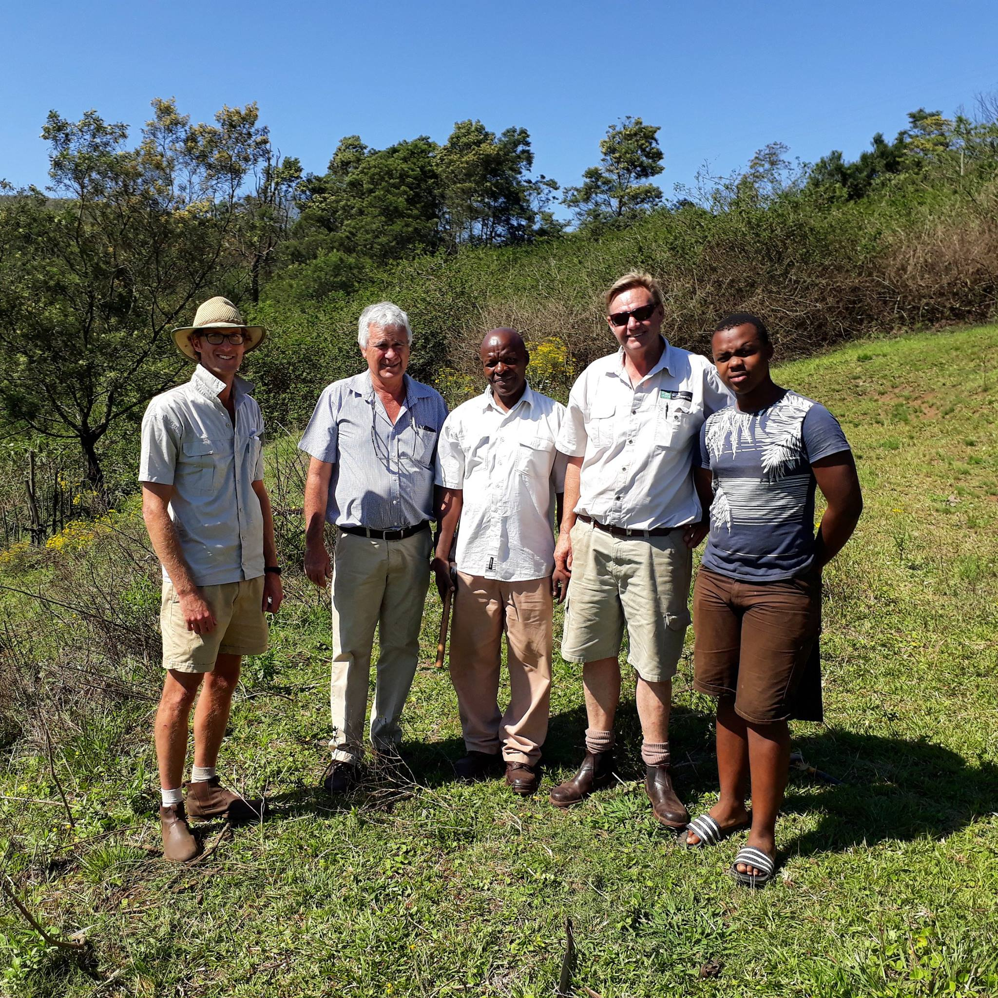 From left to right: Andrew Pooler, Dave Van Rensburg, Cyril Hlengwa, Rob Stapylton-Smith, Cyril's grandson Siya — at Hlutankungu.