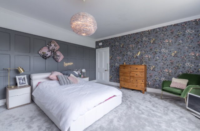 The gorgeous bedroom and carpet of Katie Woods from  Come Down to the Woods  blog
