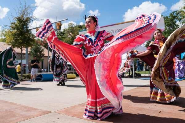 East End Street Fest - Oct. 19, 2 pm - 9:30 pmNavigation Esplanade, 2800 Navigation Blvd., 77003Free