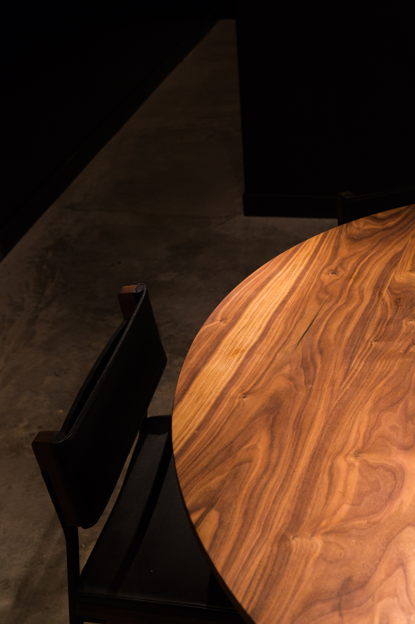 Ko Table - please credit Gabriele Stabile.jpg