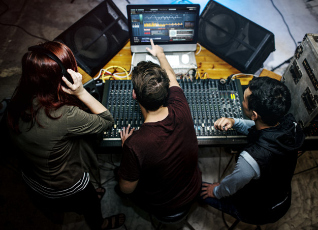 group-people-sound-mixer-station_53876-47001.jpg