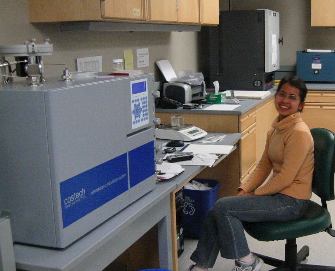 Fanwei lab cropped.jpg