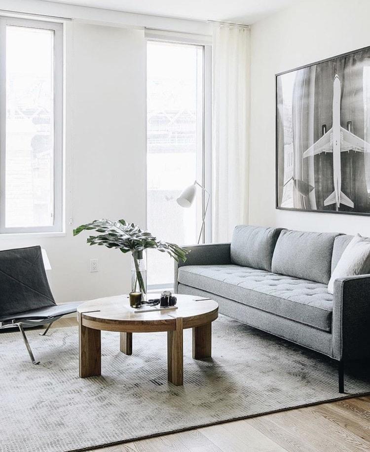 Entire-Magazine-Real-Estate-325-Kent-Ave-Living-min.jpg