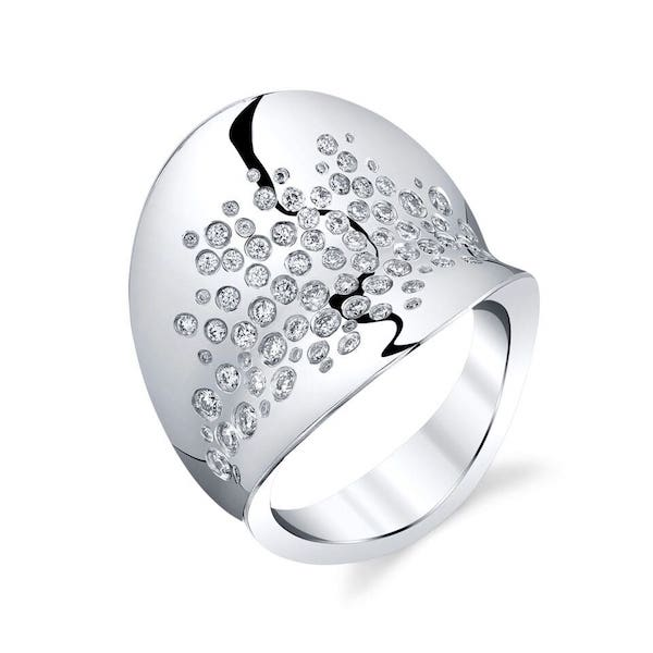 GALAXY-Ring-in-Platinum.jpg