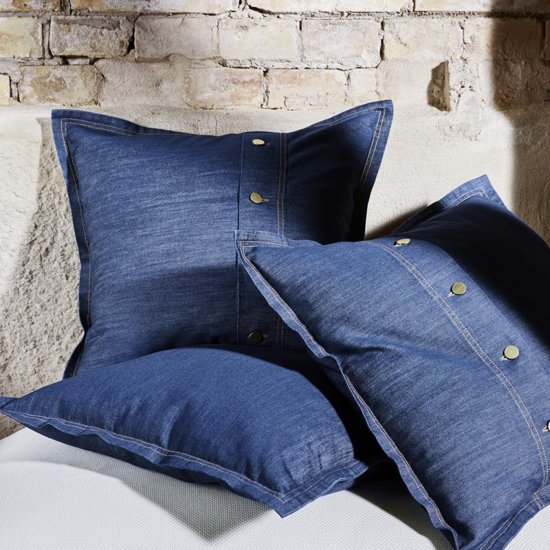 SISSIL cushion cover.jpg