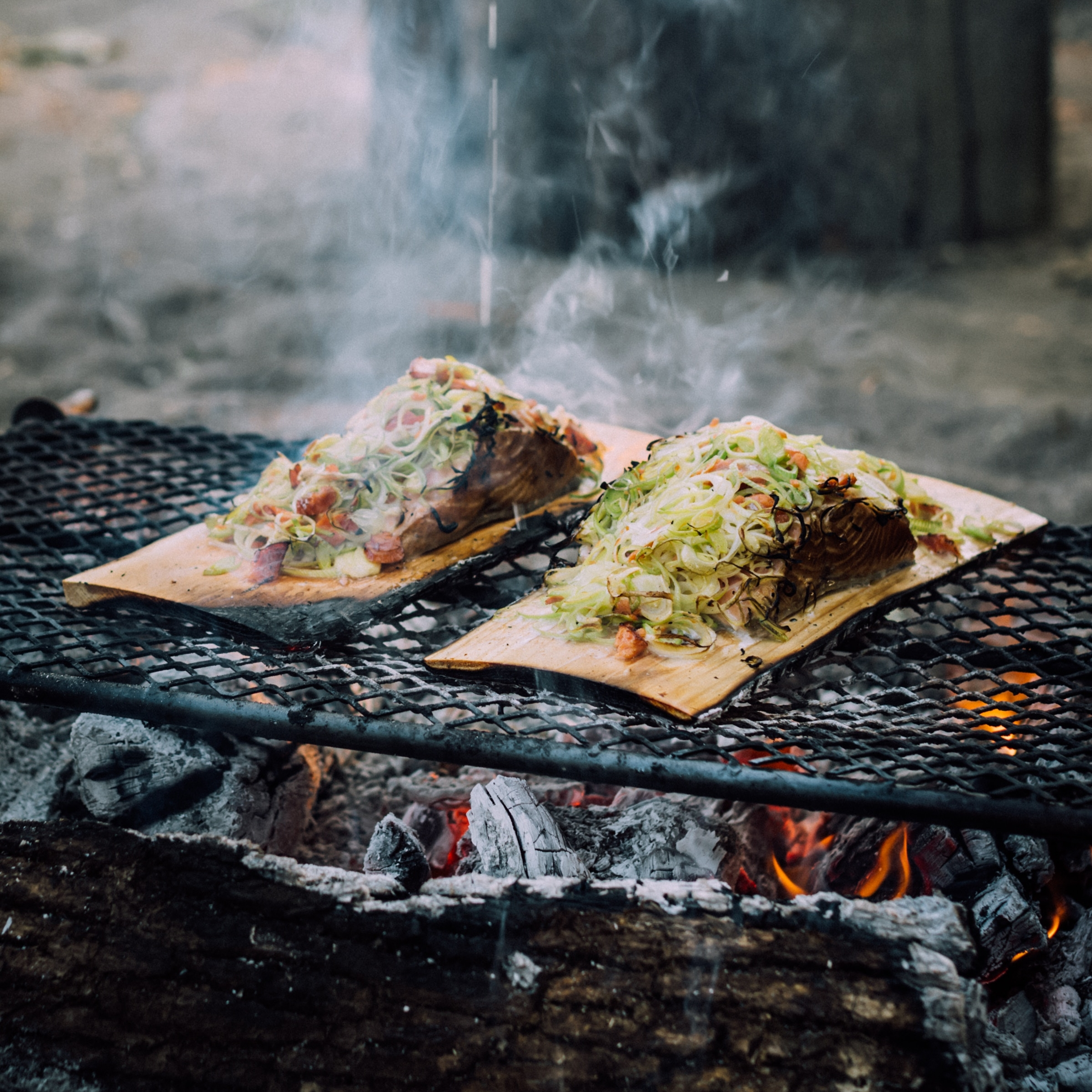 BBQ's - Normally a season choice, but never the less, we offer bespoke menus and fire pit and BBQ hire if required.