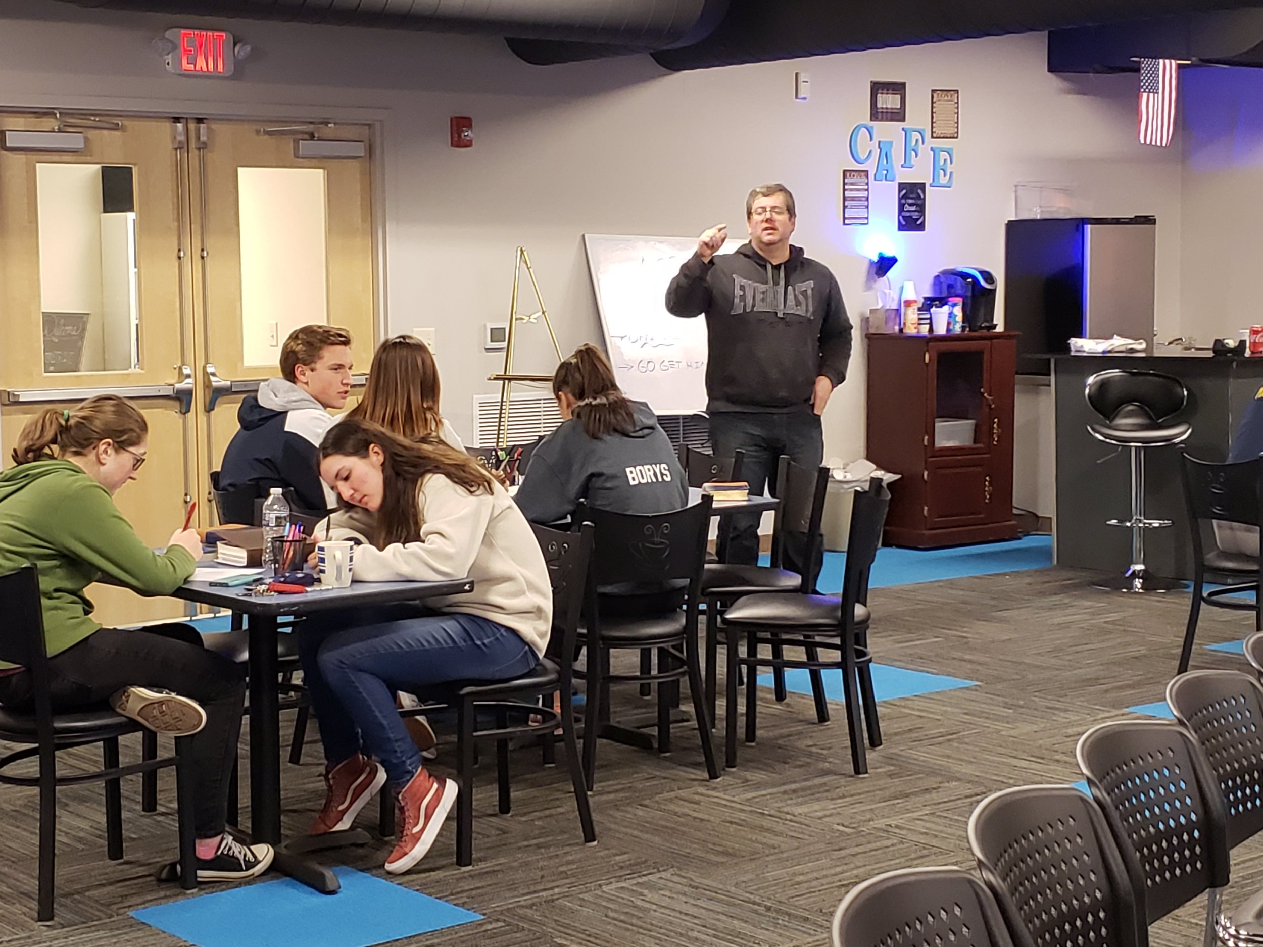 ED WEBER (HUB DIRECTOR) TEACHING STUDENTS