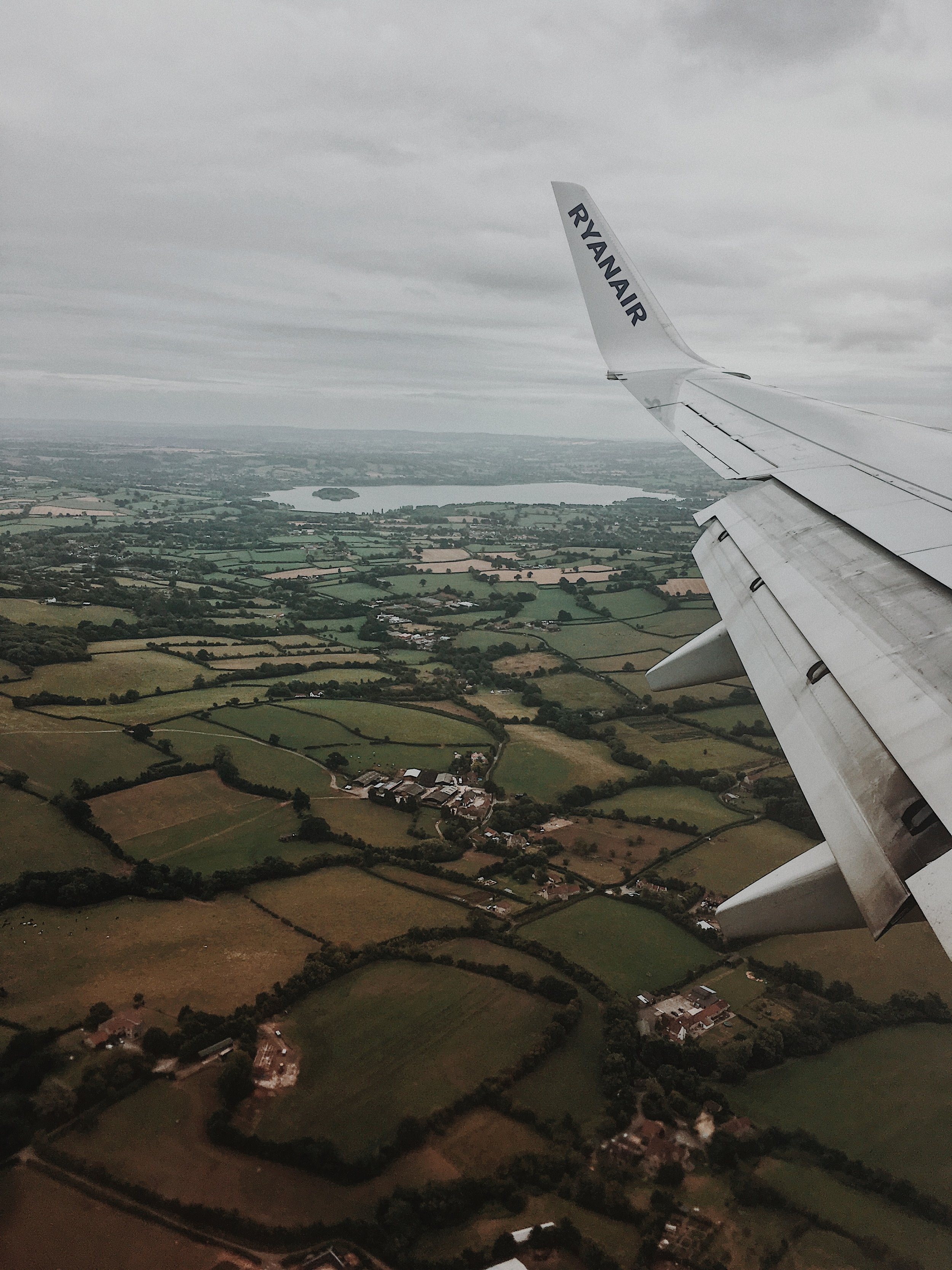 our view of england from the airplane 🤩