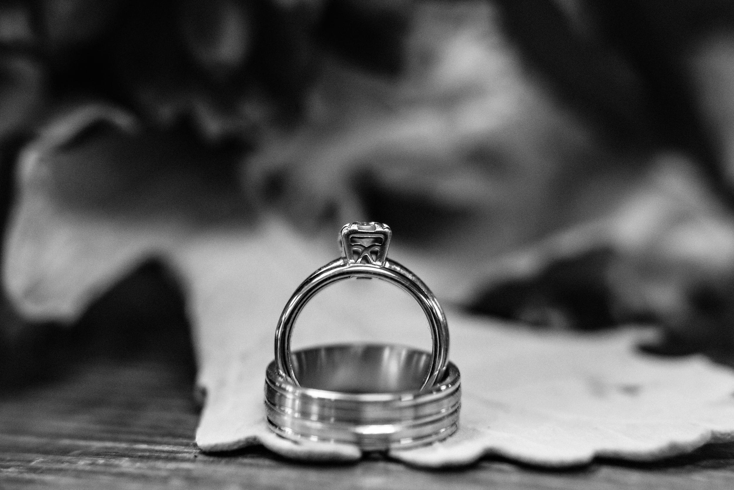 weddings, lindsborg kansas, natural light, shannon schneider photography
