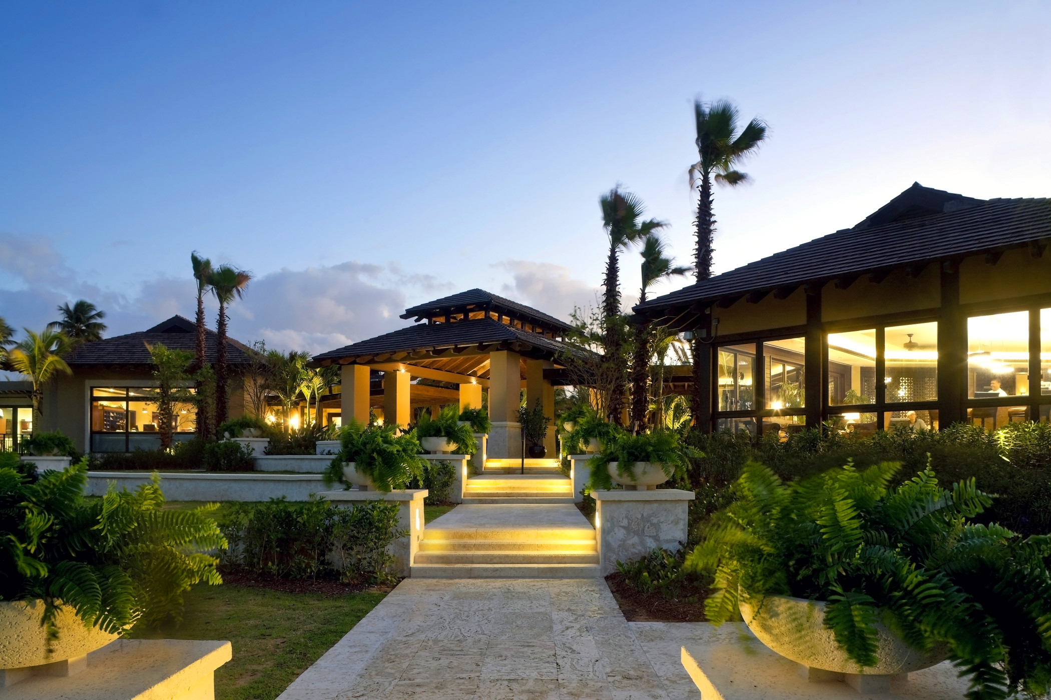 Beachside Club House entrance_2.jpg