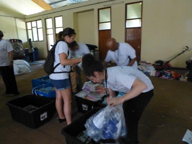OR team unpacking